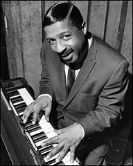Caption: Erroll Garner practices in London during a 1963 tour., Credit: Keystone/Getty Images