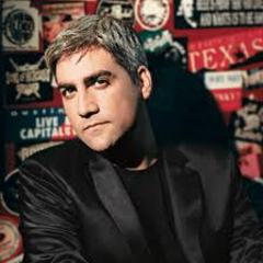 Taylor_hicks_medium