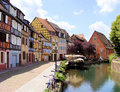 Srreet_scene_colmar_small