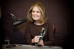 Caption: Gloria Steinem, Credit: Frank Rogozienski (c)