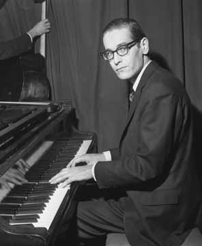 Caption: Bill Evans