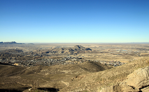 Caption: Sunland Park, New Mexico, Credit: Samat Jain