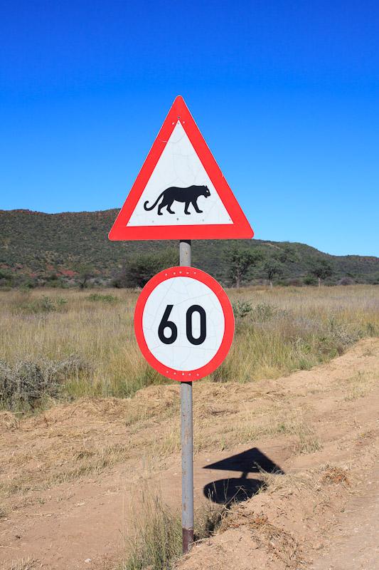 01-namibia-warga_small