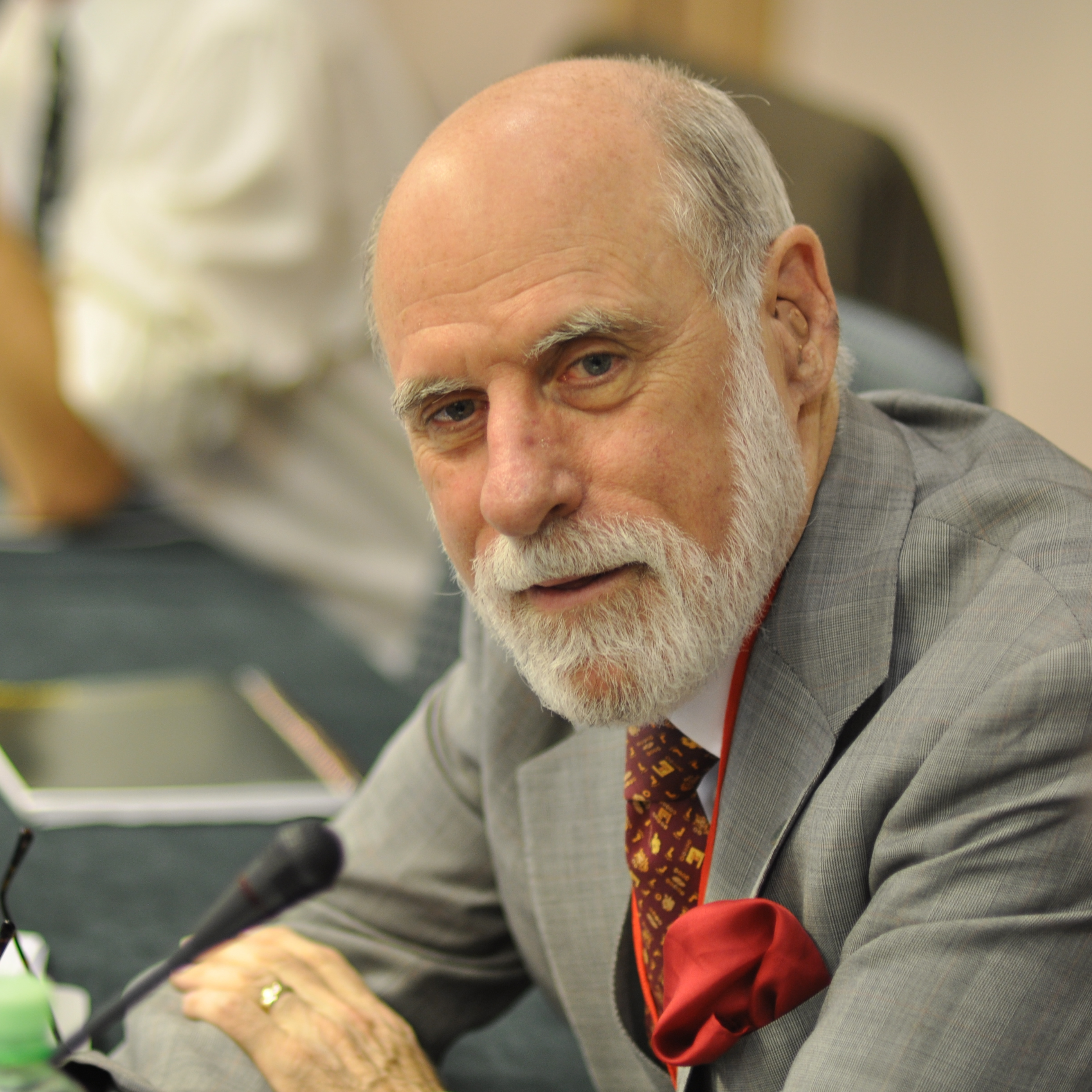Vint_cerf_-_2010_small