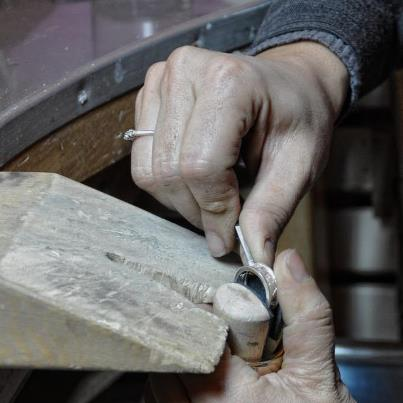 Caption: Italian Negar Azhar Azari makes a ring by hand in the centuries-old Florentine tradition.  , Credit: Maurizio Rufino