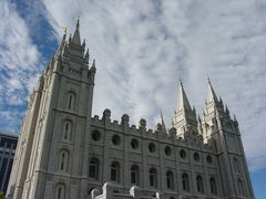 Caption: The Salt Lake Temple of The Church of Jesus Christ of Latter-day Saints, Salt Lake City, Utah. , Credit: Cookiecaper