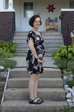 Caption: Joanne at 32 weeks, Credit: Jason Reblando