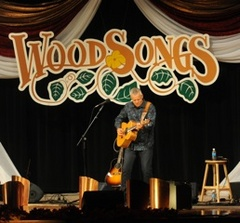 Caption: Tommy Emmanuel performs on WoodSongs.