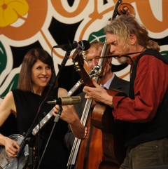 Caption: Cynthia Sayer and Jimbo Mathus perform together on the WoodSongs Stage.