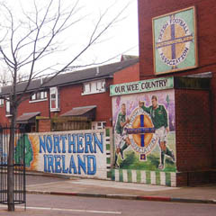 Caption: Northern Ireland murals in Belfast, Credit: Mike Hally
