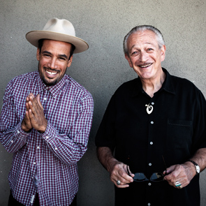 Caption: Ben Harper (with Charlie Musselwhite)