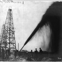 Caption: Oil gusher in Port Arthur, Texas, c1901, Credit: Library of Congress