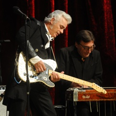 Caption: Dale Watson plays his authentic Texas county music on the WoodSongs Stage.