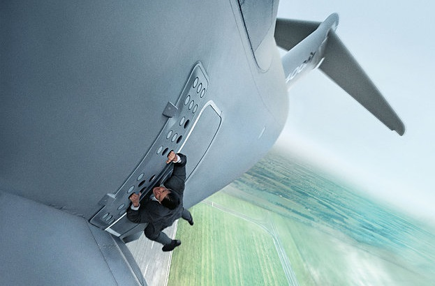 Caption: Tom Cruise in 'Mission: Impossible - Rogue Nation'