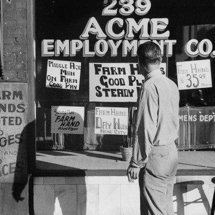 Caption: John Vachon photo of a Minneapolis employment agency, 1939 , Credit: Library of Congress