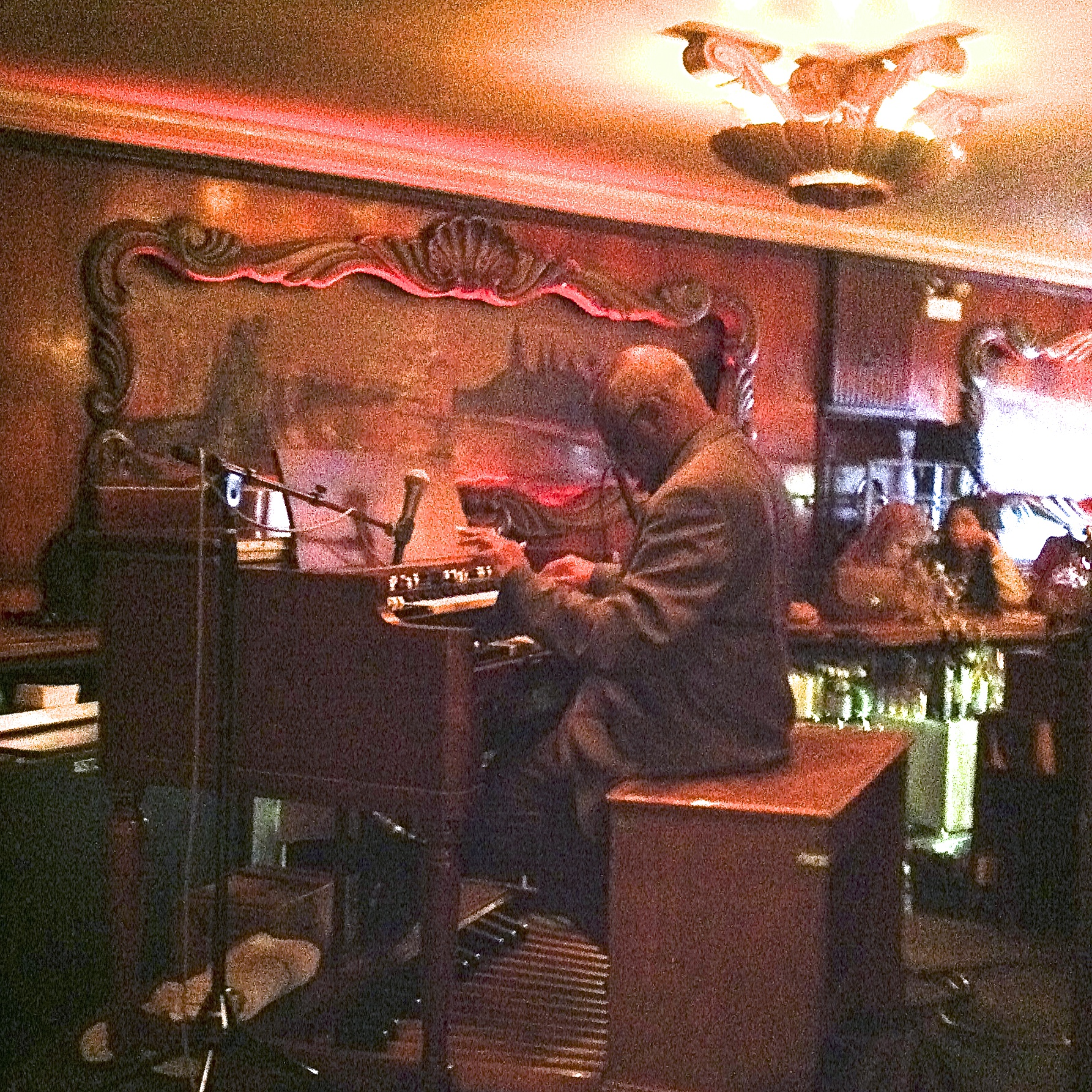 Caption: Chris Foreman at the Hammond B3