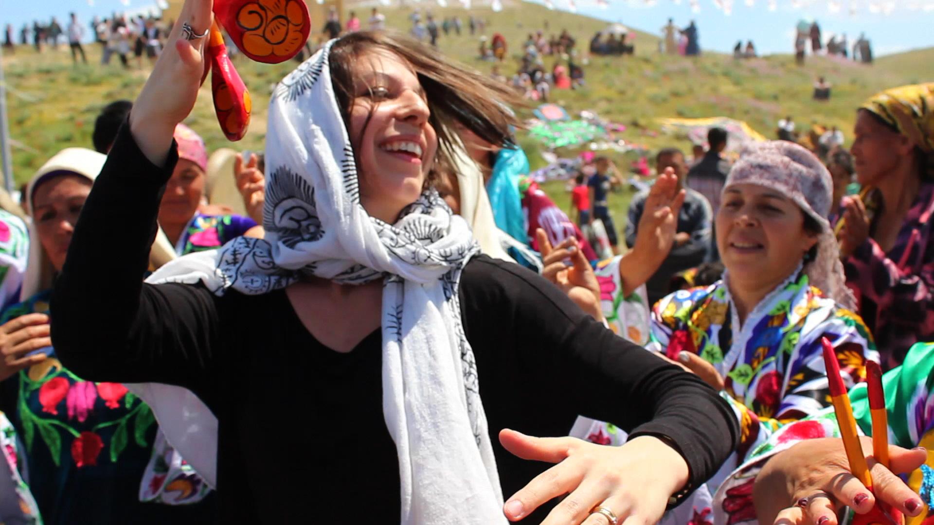 Caption: Mickela at the Asrlar Sadosi Festival in Navoi, Uzbekistan -, Credit: Madina Khusanova