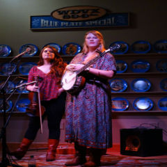 Caption: Local Honeys on the Blue Plate Special, Credit: Grace Leach (WDVX)