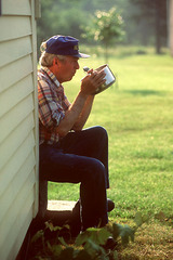 Caption: eating morning rolled oats, Credit: Janice Lang