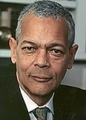Julianbond_small