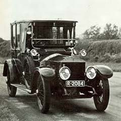 Caption: 1914 Rolls Royce