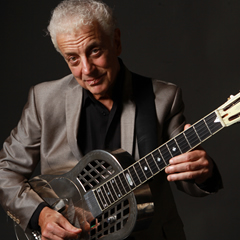Caption: Doug MacLeod