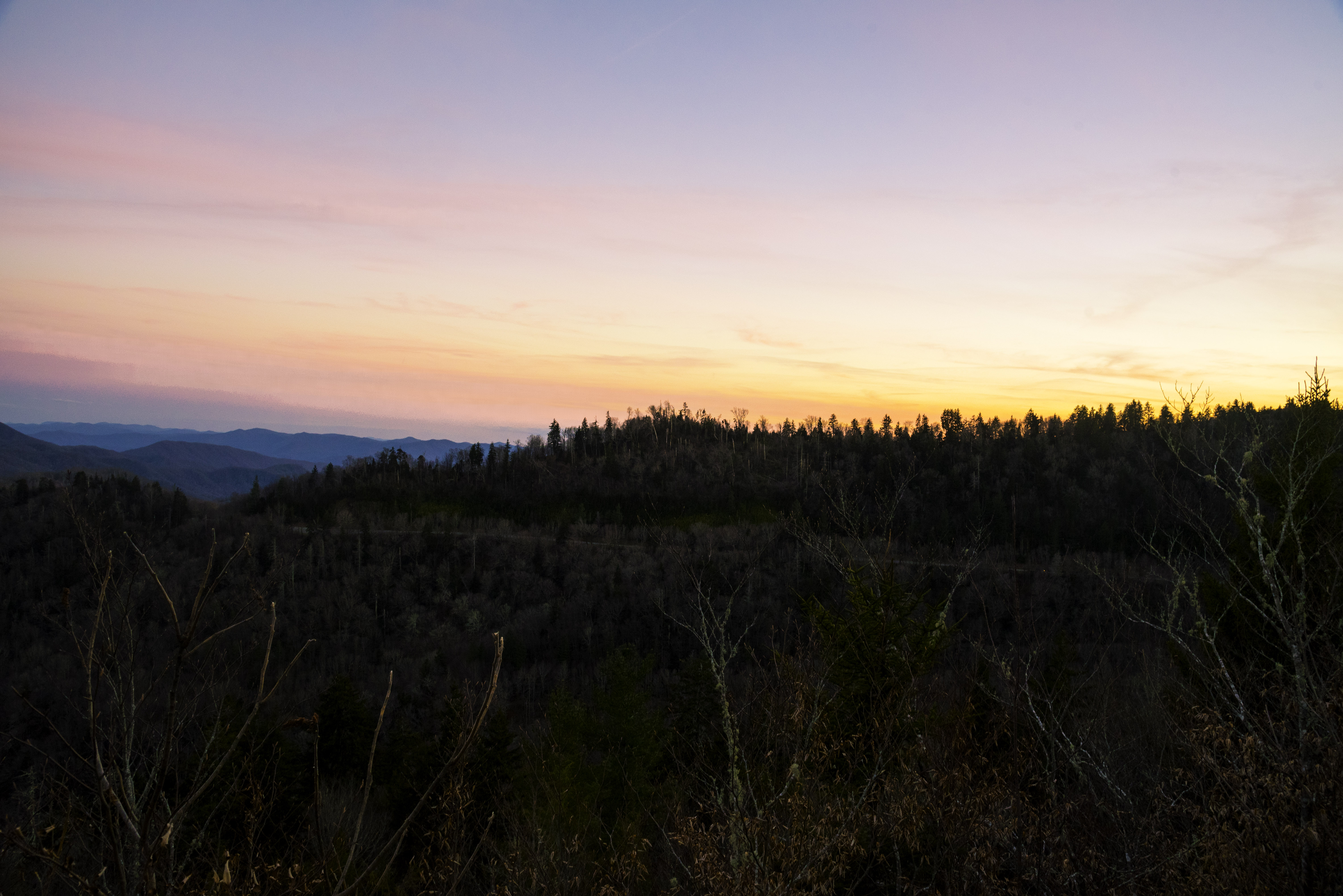Caption: The sun sets over Great Smoky Mountains National Park, Tennessee.  , Credit: Public domain, www.goodfreephotos.com