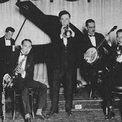 Caption: Johnny Bayersdorffer & his Orchestra