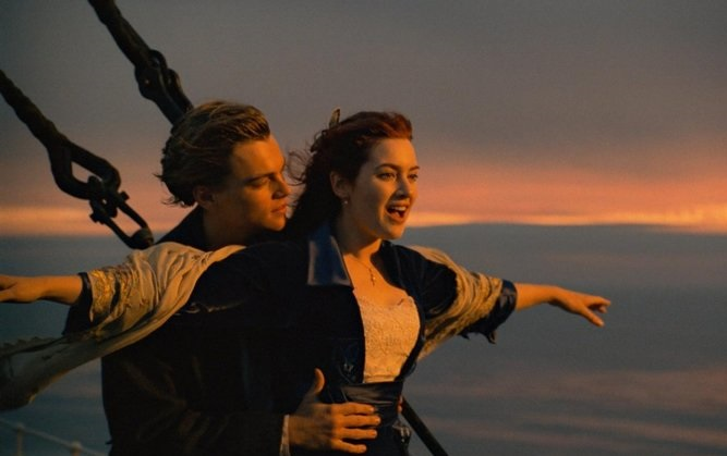 Caption: Leonardo DiCaprio & Kate Winslet in James Cameron's 'Titanic'