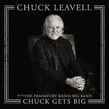 Chuck_gets_big_small