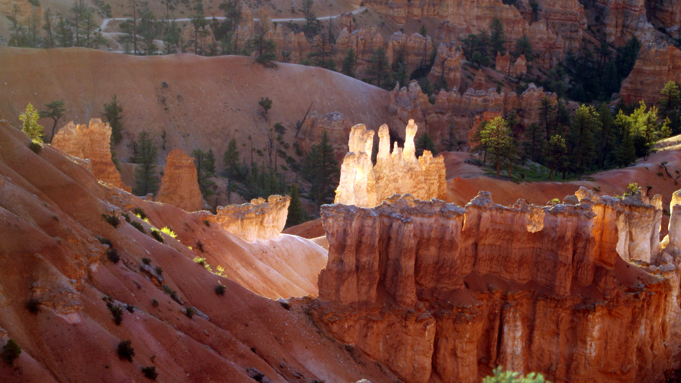 Bryce_canyon_small