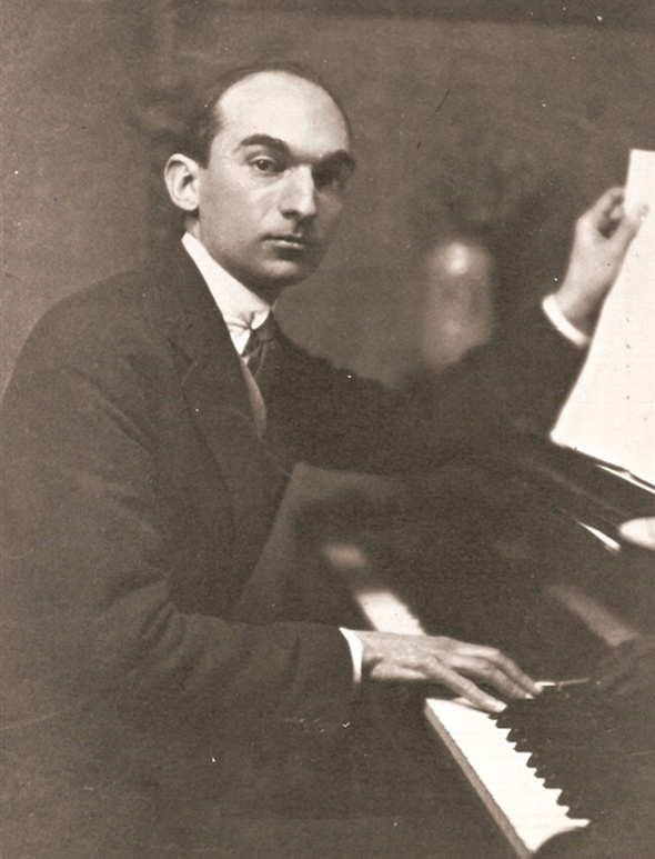 Caption: Composer Federico Mompou