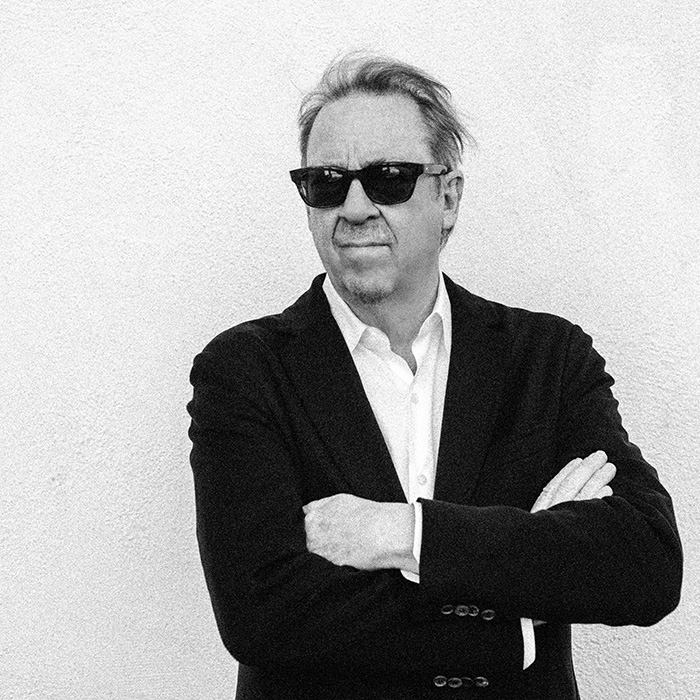 Caption: Boz Scaggs
