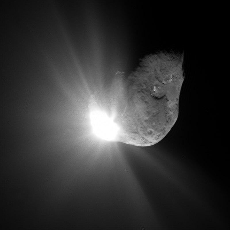 Deep-impact-spacecraft-tempel1-7-4-2005_small