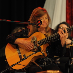Caption: National Fingerstyle Guitar Champion Muriel Anderson