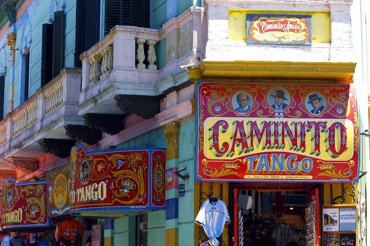 Carminito-buenos-aires-argentina_small
