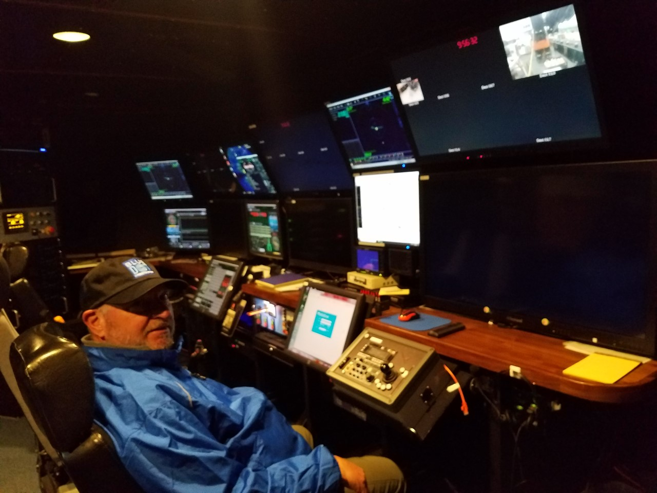 Caption: Photo by Kim Fulton Bennett of Dave Schlom in the control room of the MBARI Research Vessel Rachel Carson