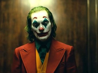 Caption: Joaquin Phoenix in 'Joker' (2019)
