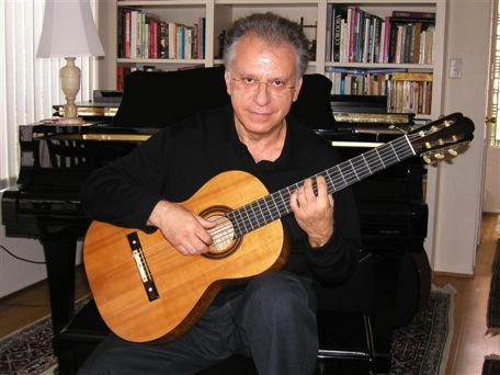 Caption: Guitarist Pepe Romero