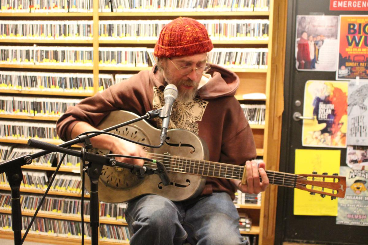 Caption: Charlie Parr, Credit: KUMD