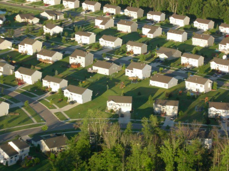 Suburban-houses-768x576_small
