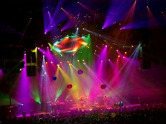 Caption: Phish playing Hampton Coliseum in VA, Credit: http://yamar2001.wordpress.com