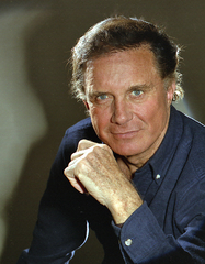 Caption: Cliff Robertson