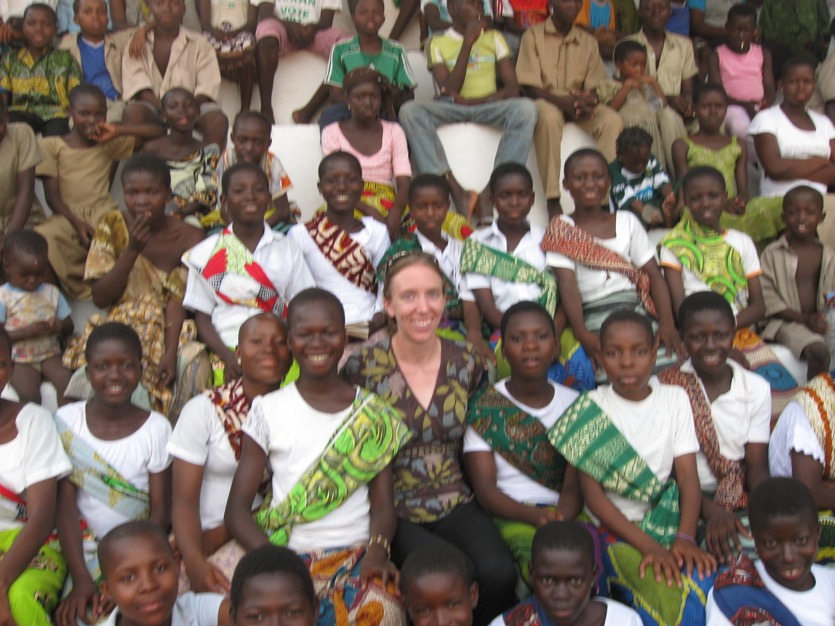 Caption: Host Carla Seidl with students in Kante, Togo