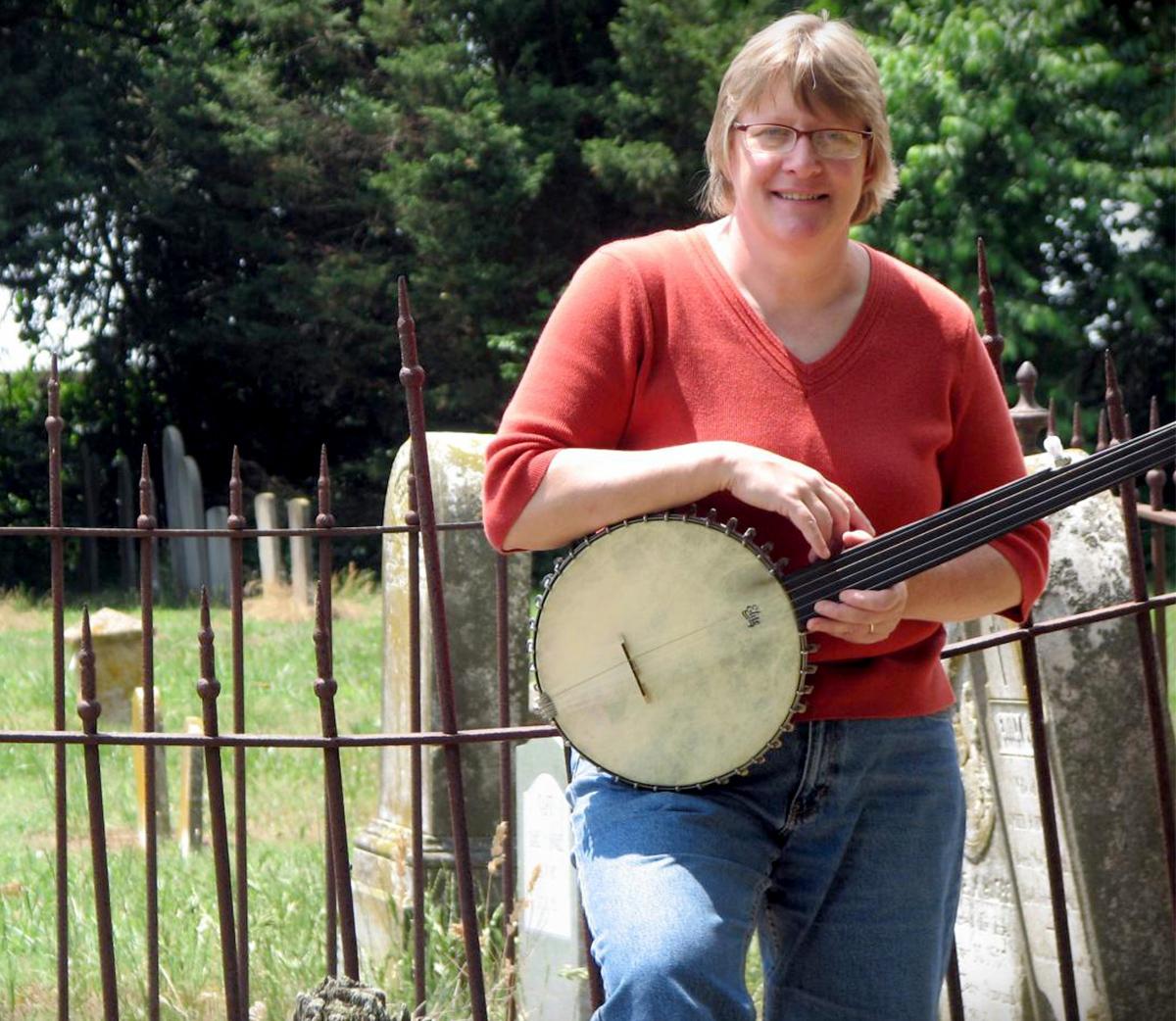 Caption: Chesapeake Folk Host Diana Wagner, Credit: Jason W. McKinzie