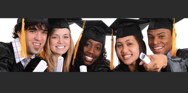 American_graduate_2_a_small