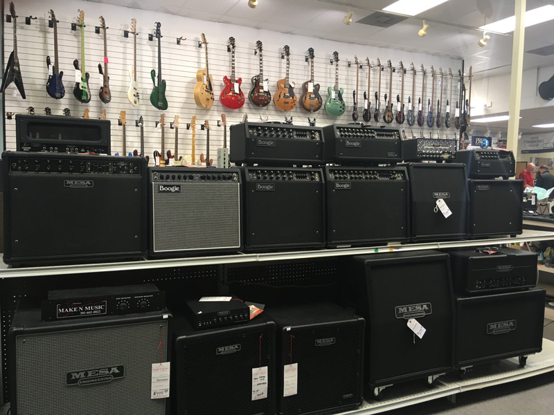 Make 'N' Music Store Display