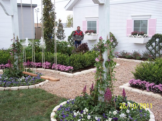 Custom Creations Landscaping Lawn In Marshfield Mo