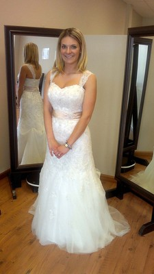 Perfect fit alterations in columbia mo service noodle for Wedding dress alteration prices