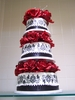 3_tiered_cake_with_red_flowers